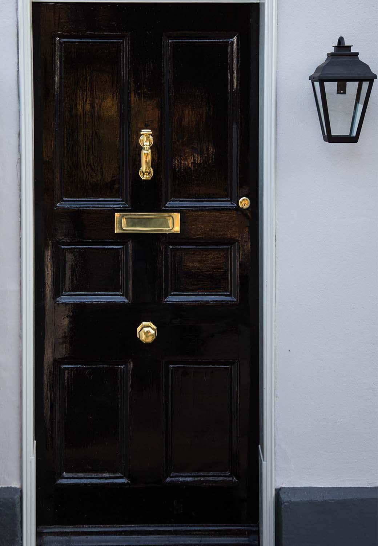 Hotel gift vouchers Arden House front door